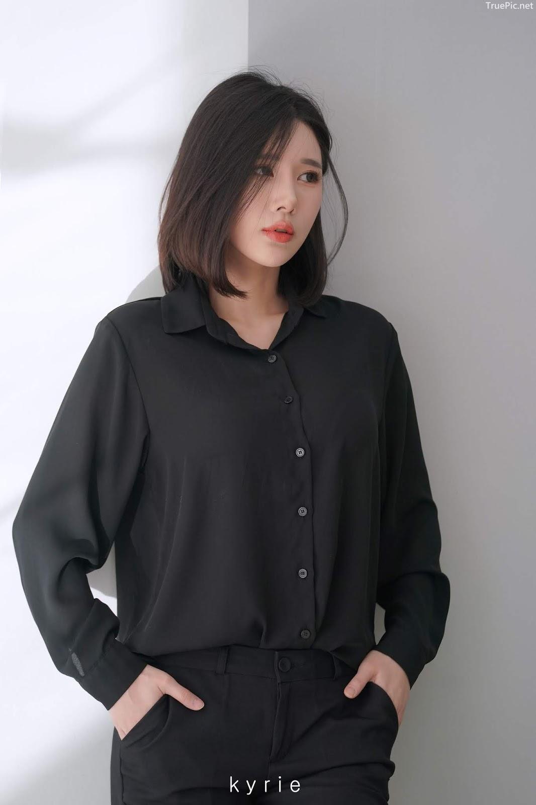 Korean racing queen - Song Ju Ah - Studio Photoshoot - Picture 4