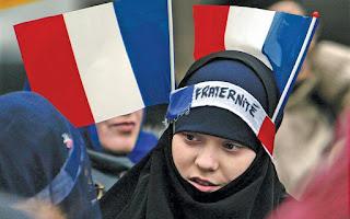 Γέροντας Παίσιος: «Στὴν Γαλλία χιλιάδες ἔγιναν Μουσουλμάνοι…καί οἱ Γάλλοι δὲν θὰ βροῦν ἀνάπαυση»