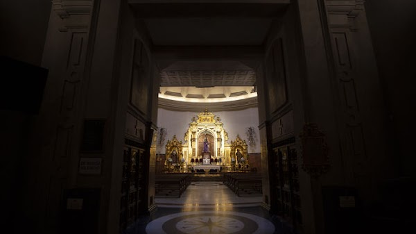 La basílica del Gran Poder reabre el lunes pero con la visita al camarín del Señor cerrada