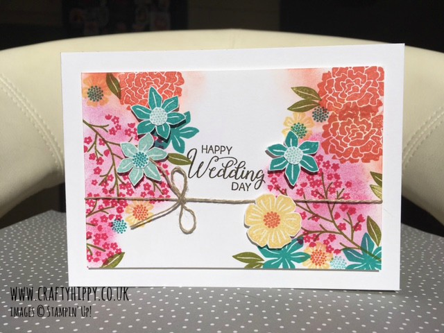 Have a go at making beautiful cards for all occasions with the Beautiful Bouquet stamp set by Stampin' Up!