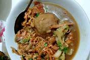 Mie Ayam Saung Cisewu Makanan Favorit Warga Garut Selatan