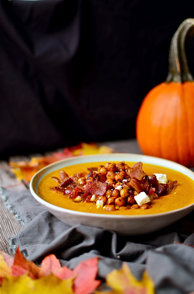 http://www.yammiesnoshery.com/2014/10/spicy-pumpkin-soup-with-bacon-and-spicy.html