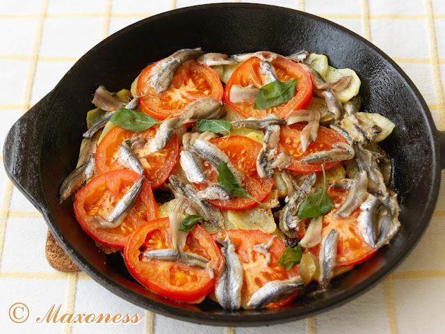 Жареная картошка с анчоусами и помидорами от Джеймса Мартина