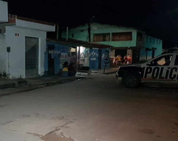 Ex-presidiário que recebeu alta de hospital após sofrer tentativa de homicídio é morto a tiros em Fortaleza