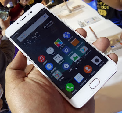 "Vivo V5 Lands in the Philippines for Php12,990; Boast 20MP ""Perfect Selfie"" Camera"