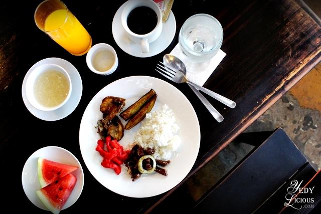 Breakfast Buffet at Skylight Hotel in Puerto Princesa Palawan
