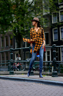 http://tamarachloestyleclues.blogspot.nl/2015/10/button-up-plaid.html