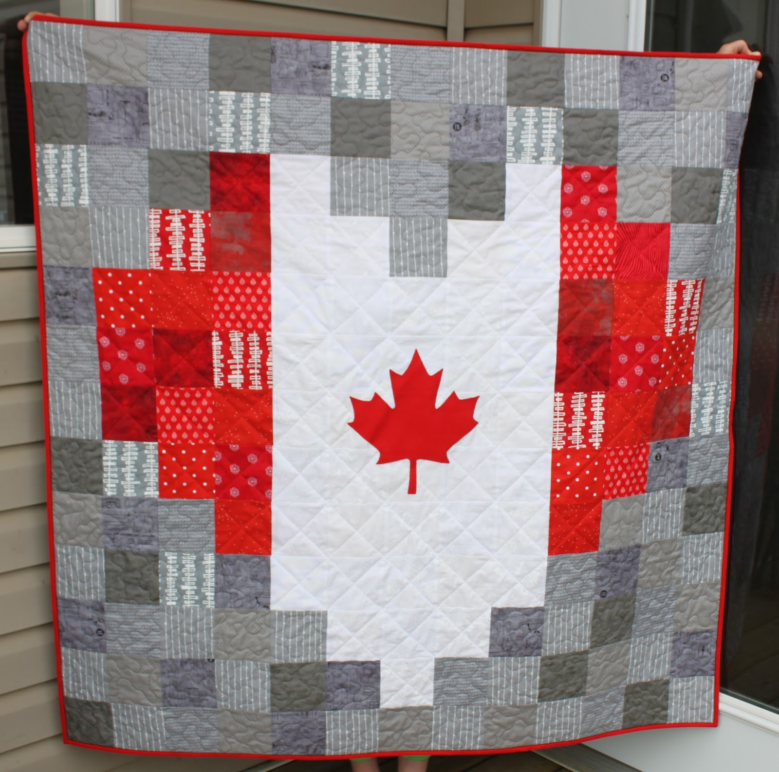 daydreams of quilts heart shaped canadian flag pixelated quilt