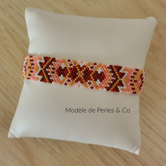 bracelet de perles and co, tissage peyote impair, perles miyuki delicas, par hellocestmarine