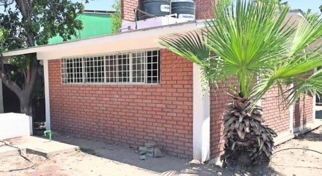 Priista gasto 800 mil pesos en la construcción de un baño de una primaria.