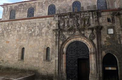 Fachada da Igreja de Santa Clara