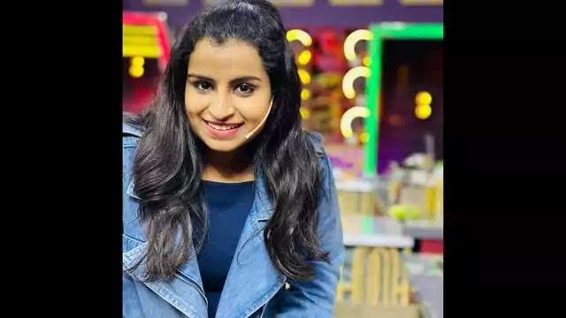Shivangi  Sivaangi (super Singer) Biography in hindi,wiki,Age, Date Of Birth, Height, Weight and More