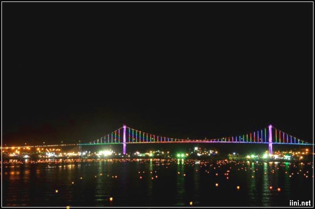 Đêm Sông Hàn Rực Rỡ Ánh Đèn