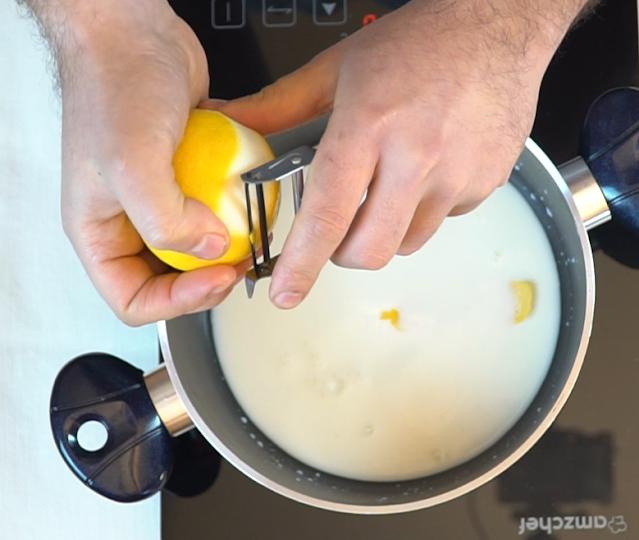 making zeppole custard cream