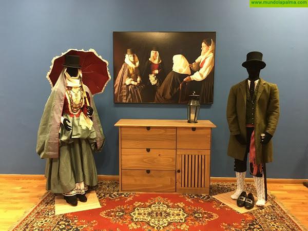 Santa Cruz de La Palma inaugura la exposición 'Por Mayo Clavado'