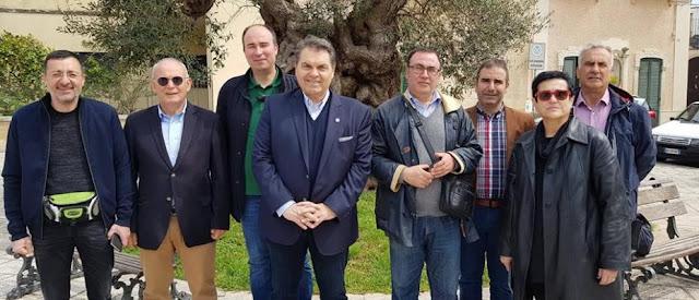 Σε ελληνόφωνα χωριά της κάτω Ιταλίας ο Δ. Καμπόσος