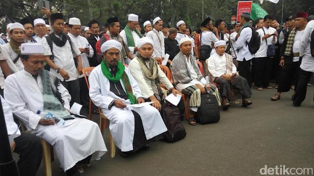 Ini 7 Poin Pernyataan Massa Penolak Perppu Ormas, Salah Satunya Sebut Jokowi Anti Islam