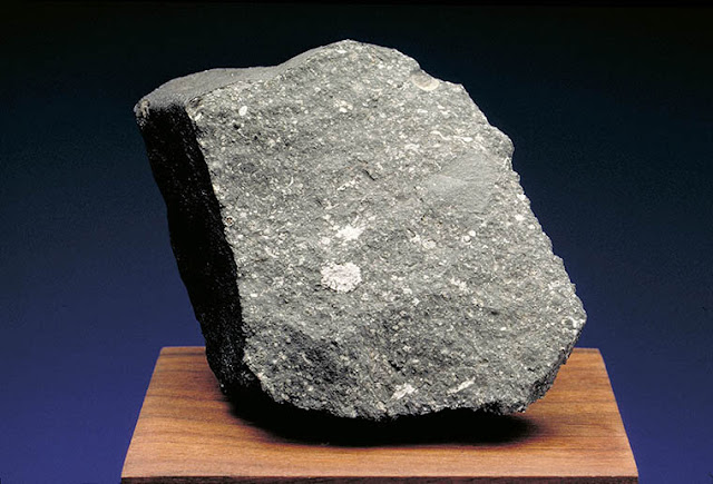 Meteorite chunk contains unexpected evidence of presolar grains