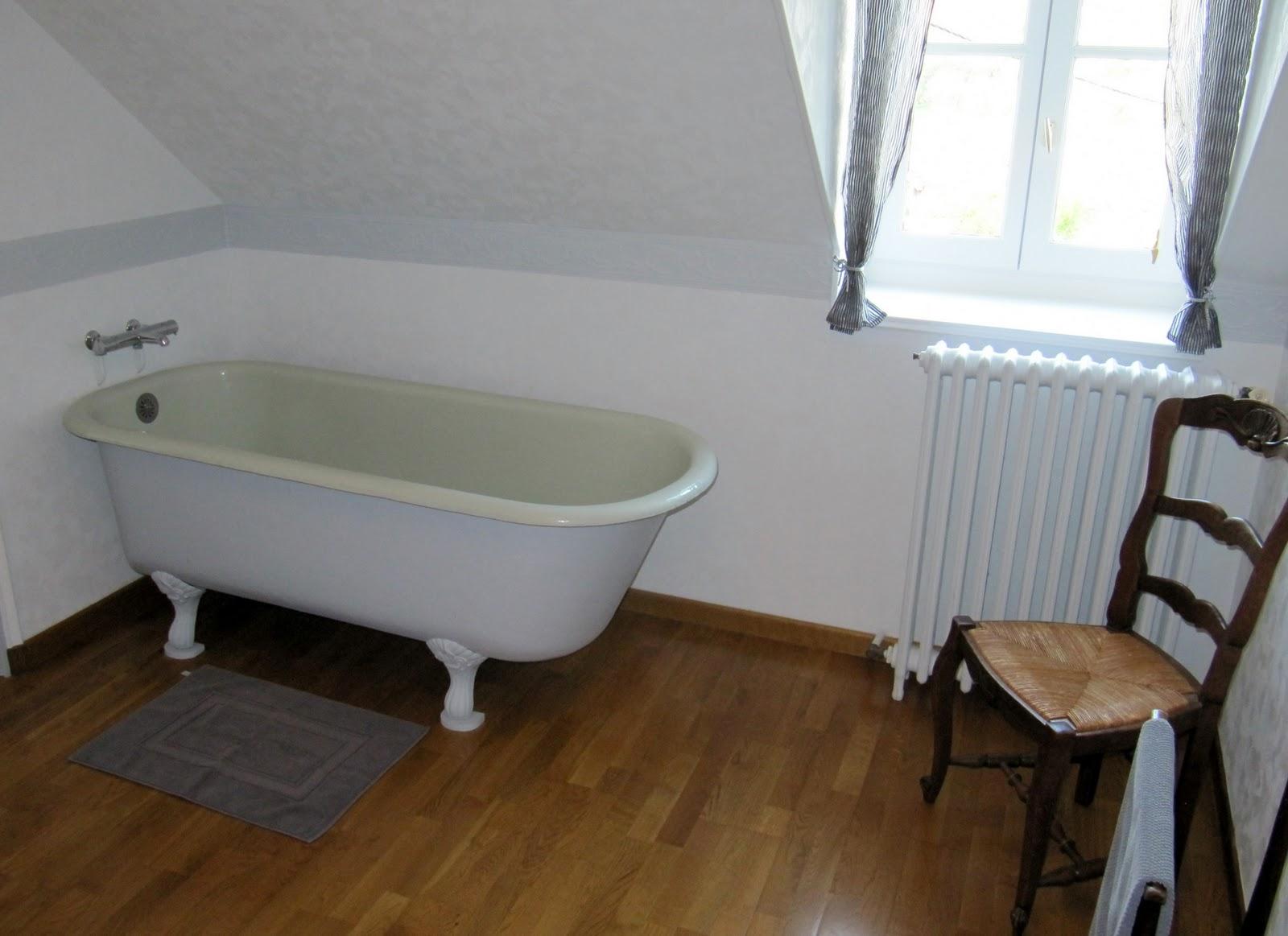 Vrijstaand bad met pootjes bad op poten bad op pootjes vrijstaand