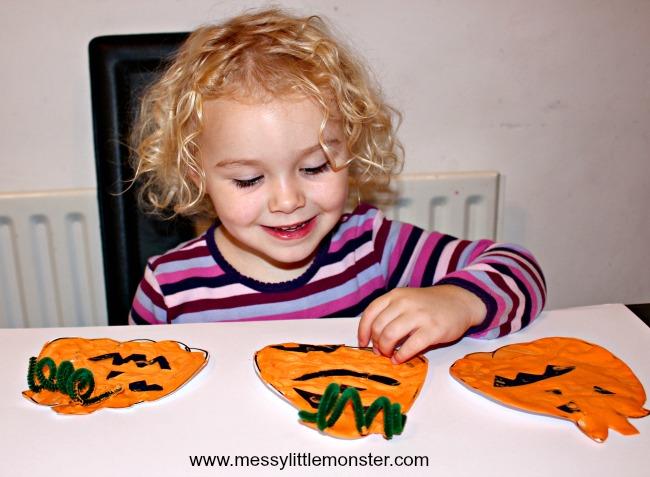 Puffy paint pumpkin craft for kids