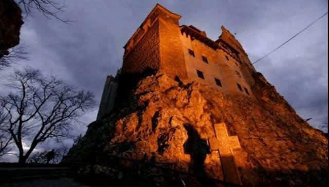 Halloween στο Κάστρο των Καρπαθίων (φωτό)