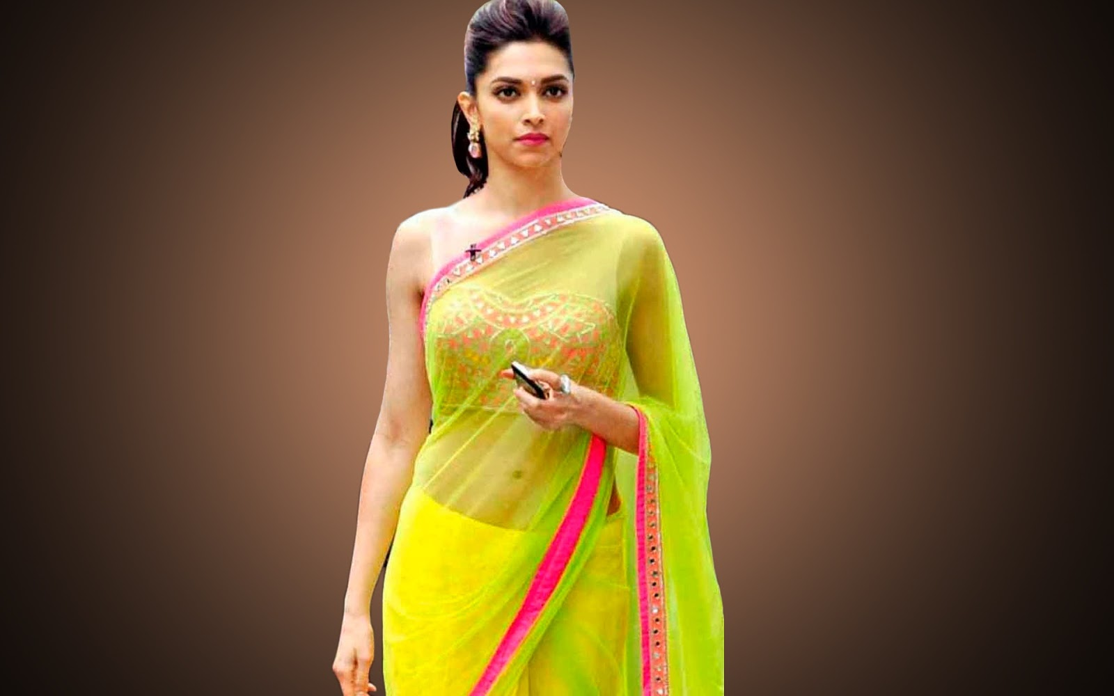 Gorgeous Deepika Padukone in saree Photos| Deepika ...