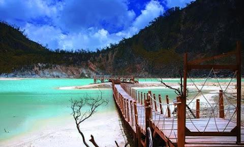 48 Tempat Wisata di Jawa Barat Paling Rekomendasi di Kunjungi 2020