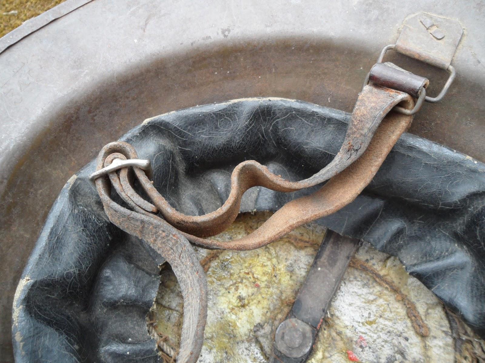 Four Bees: British Brodie Helmet MkI, WW1, manufactured between 1916