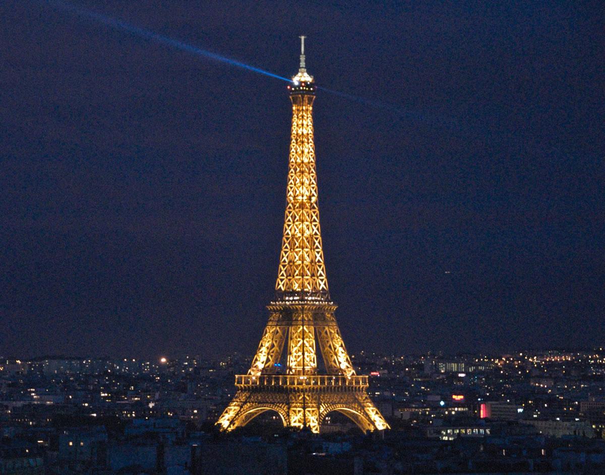 worlds incredible eiffel tower paris france. Black Bedroom Furniture Sets. Home Design Ideas