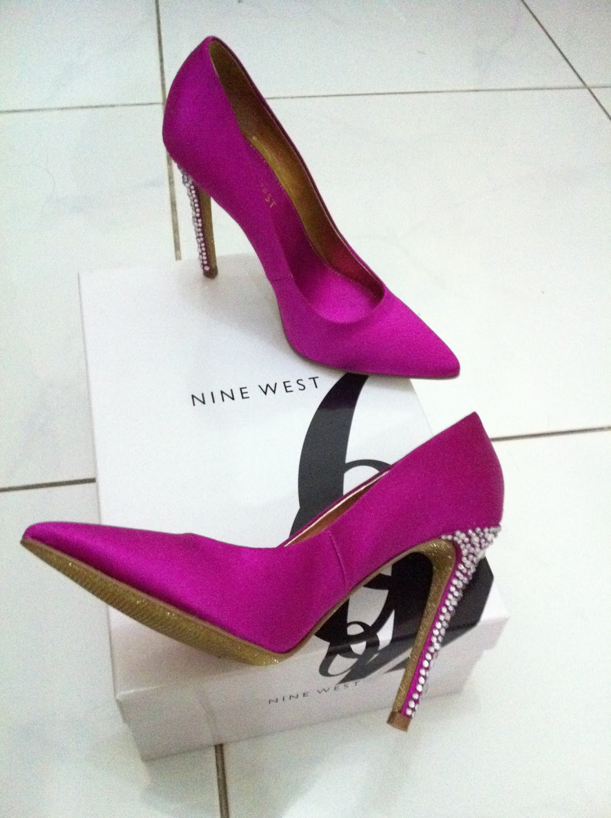 5ef93e62b ... nine west's pointy toe satin pump, and again i chose fuchsia colour  that will match my dress for my brother's wedding (in case my silver aldo  shoes ...