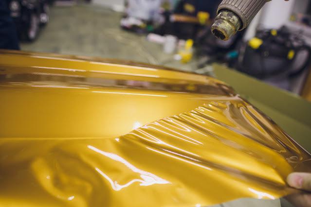 Оклеивание автомобиля виниловыми плёнками