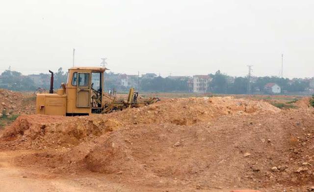 Dự án san lấp gần 20.000m2 đất để trả đất dịch vụ của xã Tân Tiến