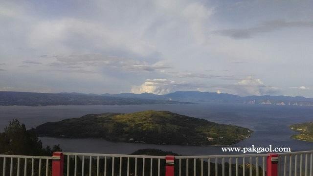 Pemandangan Sipinsur Pinggiran Danau Toba