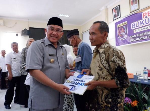 Walikota Imbau Warga Penerima Manfaat RTLH Bisa Ciptakan Suasana Sakinah di Rumah