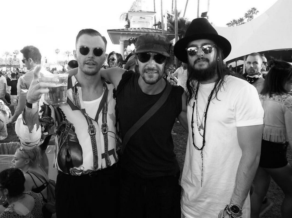 New Pic Tom Kaulitz With Theo From Hurts At Coachella