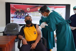 Usai di Vaksin tahap ke dua, Ini yang dirasakan Kapolda Sulbar dan Pejabat Utama Polda