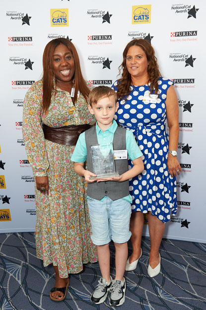 Hero Cat Award (Toby) Annette Sterland-Burton her son Kieran Chizzy Akudolu Cats Protection