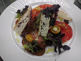how to make Heirloom tomatoes salad steps by steps