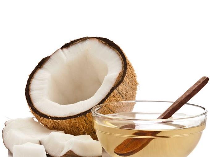 Coconut Oil Benefits And Uses for moms :Is It Good For Your hair,face,bodyनारियल तेल के फायदे और उपयोग मॉम्स के लिए - क्या यह आपकी त्वचा,चेहरे,बालों  लिए अच्छा है?