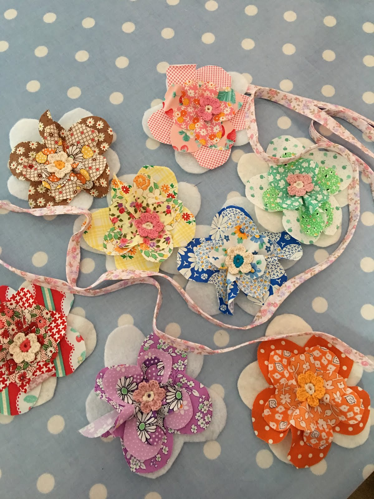 Flower bunting