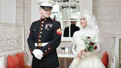 Wanita Cantik Asal Sumsel Dipinang Marinir Tampan Dari Amerika Serikat