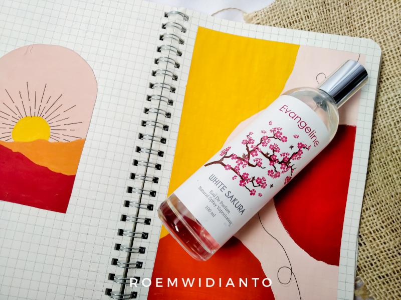 Evangeline White Sakura Eau De Parfum