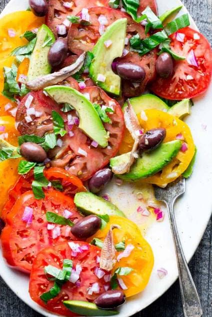 Simple Heirloom Tomato Salad