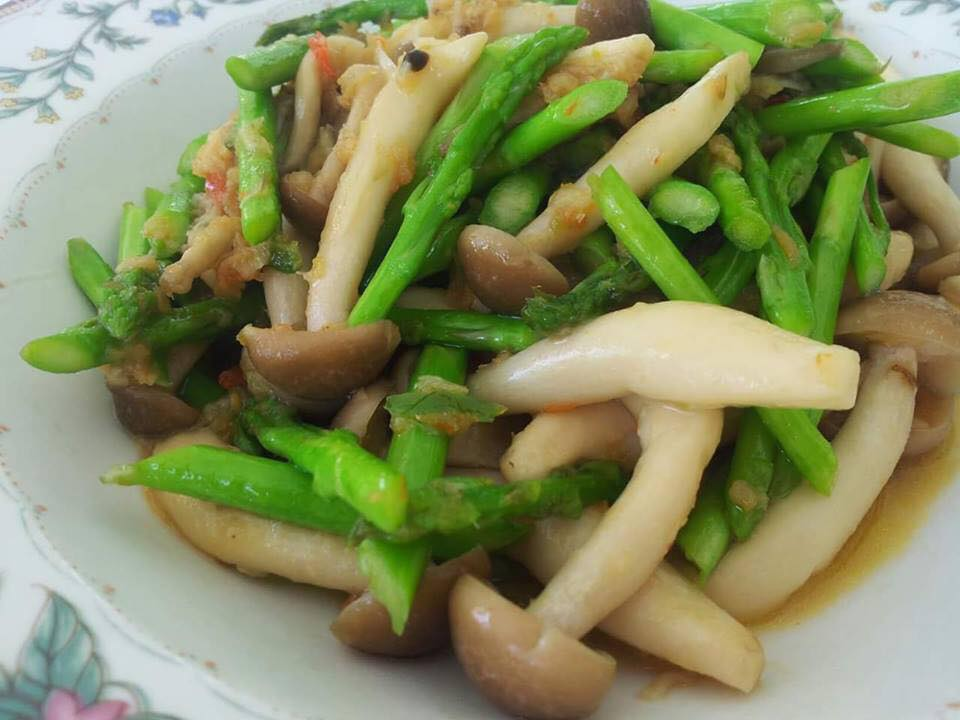 resepi cendawan goreng asparagus