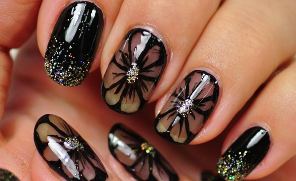 घर पर नेल आर्ट कैसे करें How To Make Beautiful And Shiny Nails At Home In Hindi