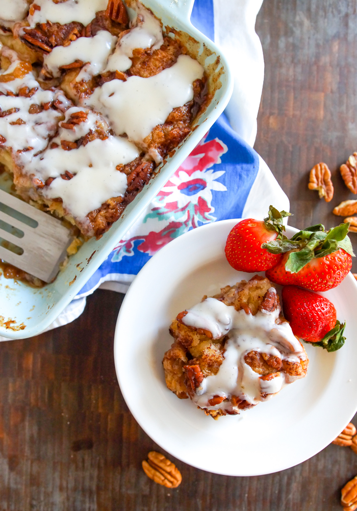 cinnamon roll biscuit cake
