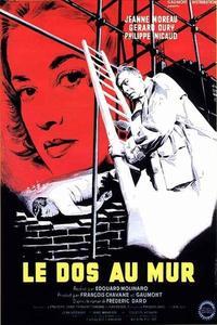 Watch Le dos au mur Online Free in HD