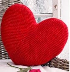http://eltallerdecoser.blogspot.com.es/2015/02/patron-de-corazones.html