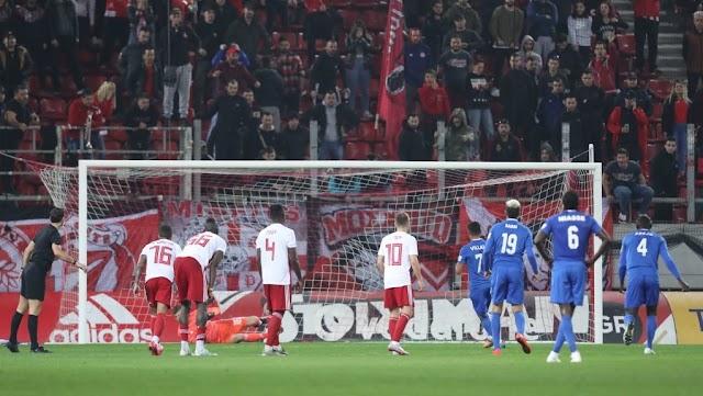 Με ανατροπή ο Ολυμπιακός νίκησε 3-2 τη Λαμία και πέρασε στα ημιτελικά