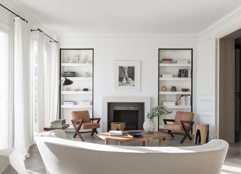 Appartamento con arredi francesi e illuminazione for Interni case francesi